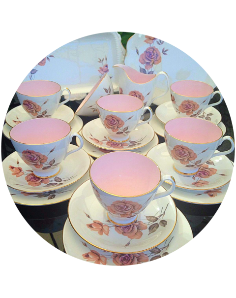 (OUT OF STOCK) ROYAL ALBERT PRELUDE VINTAGE TEA SET
